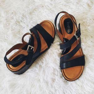 NWOB B.O.C. wedge, sandals, black, leather